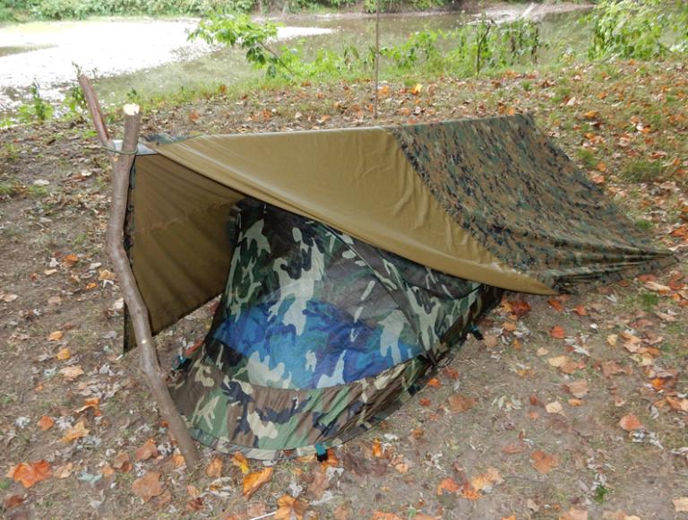 U.S. G.I. Pop Up Bed Net with Reversible Tarp as rain fly